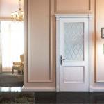 Белые межкомнатные двери в интерьере дома